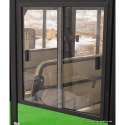 Lewa boczna szyba do drzwi pasażera